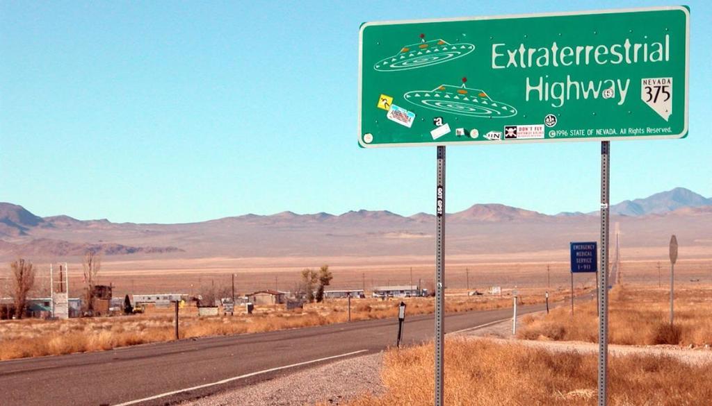 Area-51-nevada-ufo-road-street-aliens-1120
