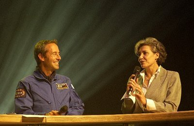 Jean-Francois_Clervoy_and_former_ESA_astronaut_Claudie_Haignere_article